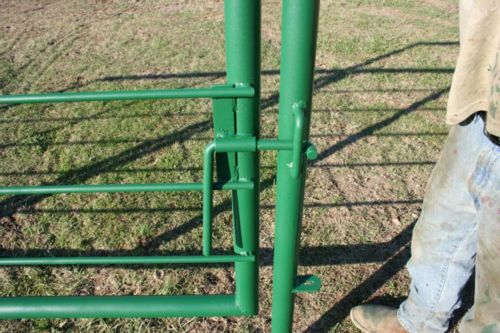 16 Ft Panel With 8 Ft Gate P Amp C Cattle Pens